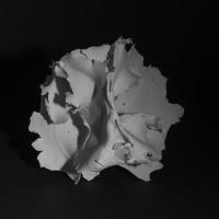 #06 senza titolo 2015, cm12x22x20, porcellana